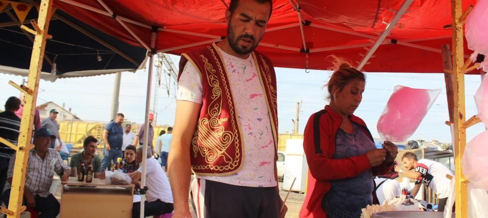Asırlık gelenek renkli görüntülere ev sahipliği yaptı
